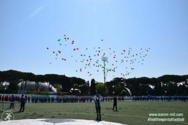 KOMM MIT_Adria-Football Cup_Eröffnungsfeier_Ballons