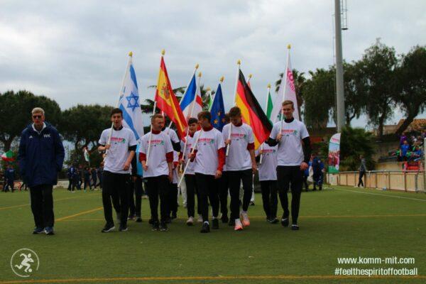 KOMM MIT_Copa Maresme 2019_Eröffnungsfeier_Fahnenträger